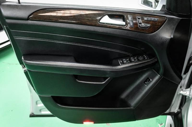 Mercedes-Benz M-Class 2013 price $15,490