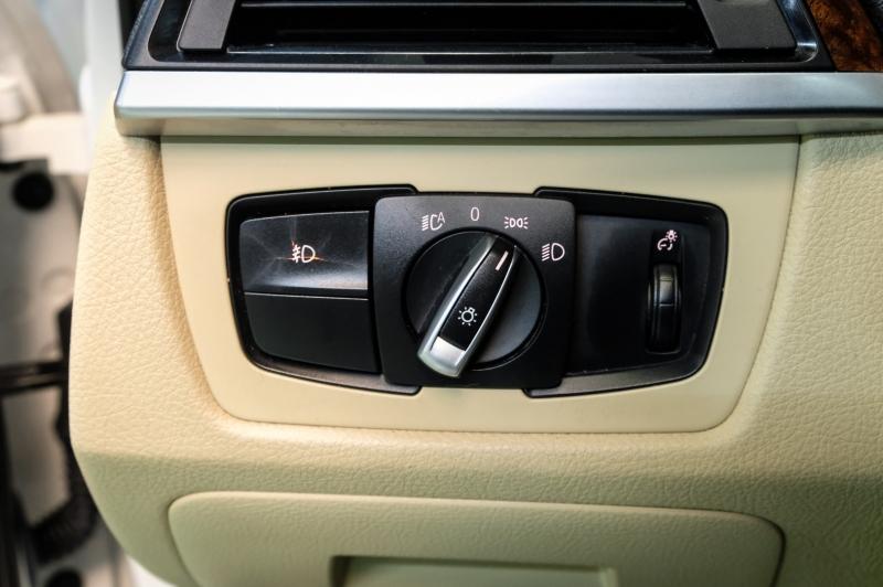 BMW 3-Series 2014 price $12,490