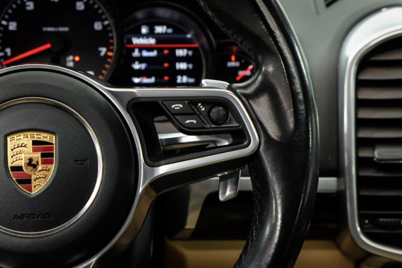 Porsche Cayenne 2016 price $26,990