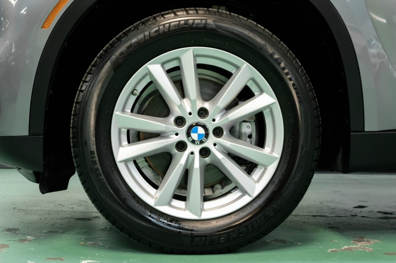 BMW X5 2014 price $19,990