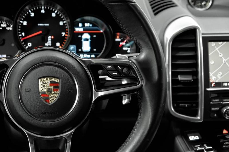 Porsche Cayenne 2016 price $32,990