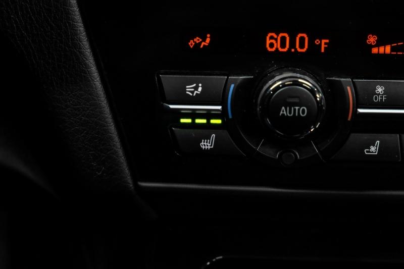 BMW 6-Series 2014 price $27,490