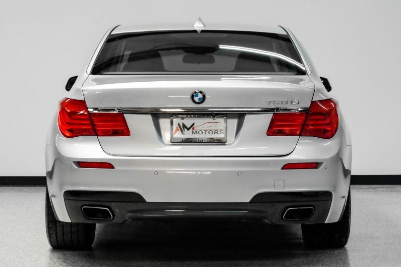 BMW 7-Series 2011 price $17,490