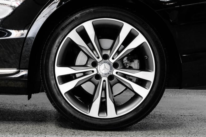 Mercedes-Benz C-Class 2016 price $21,990