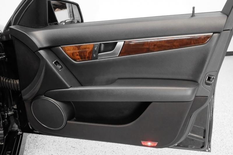 Mercedes-Benz C-Class 2014 price $13,490