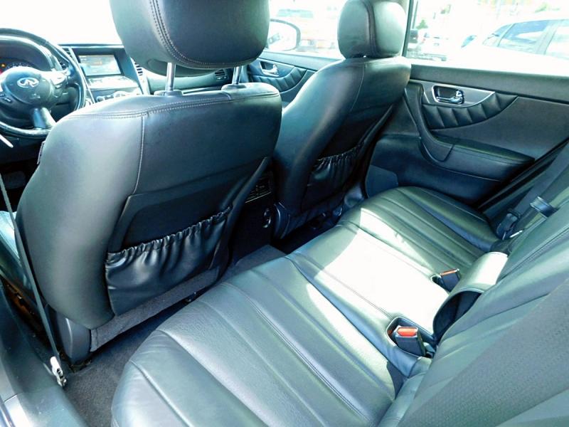 Infiniti FX 35 2011 price $13,400