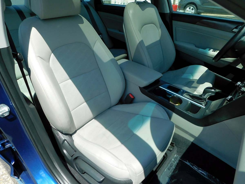 Hyundai Sonata 2017 price $14,800