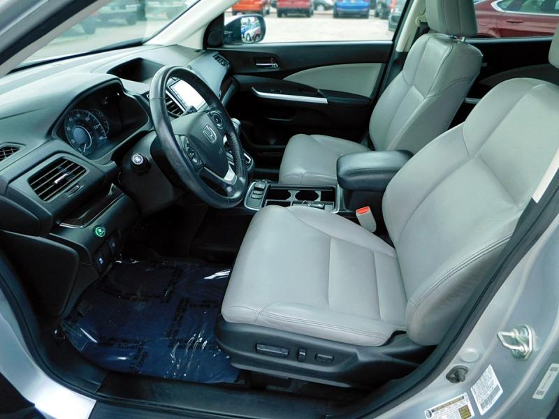 Honda CR-V 2015 price $16,400