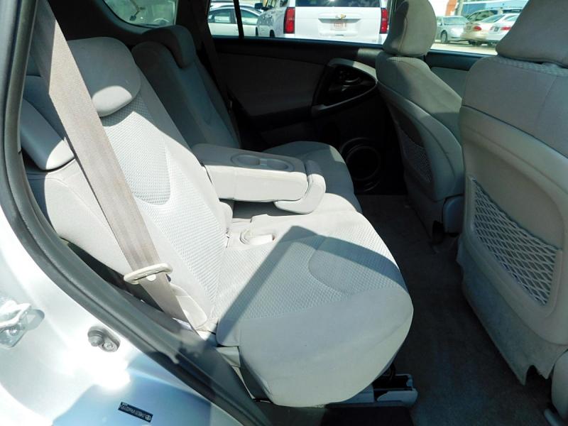 Toyota RAV4 2006 price $7,900