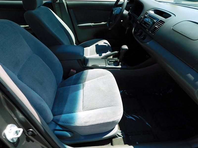 Toyota Camry 2003 price $5,600