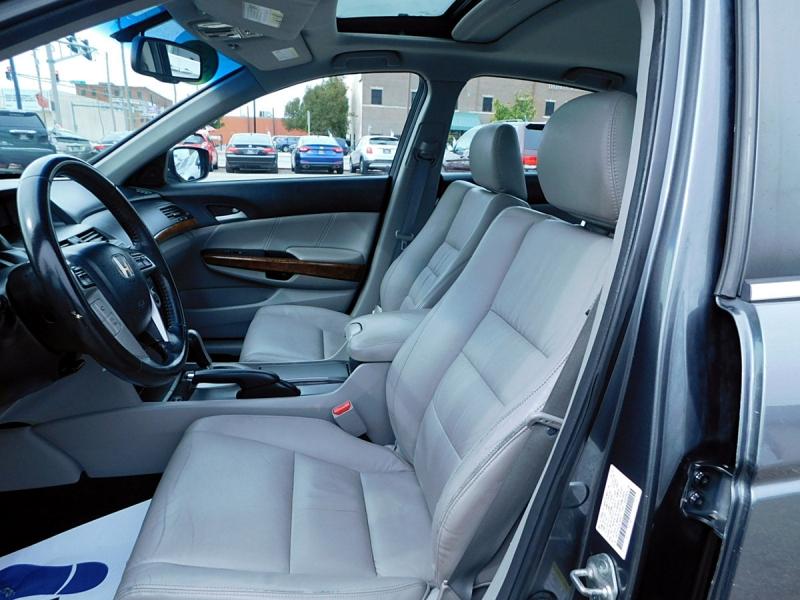 Honda Accord 2012 price $11,800