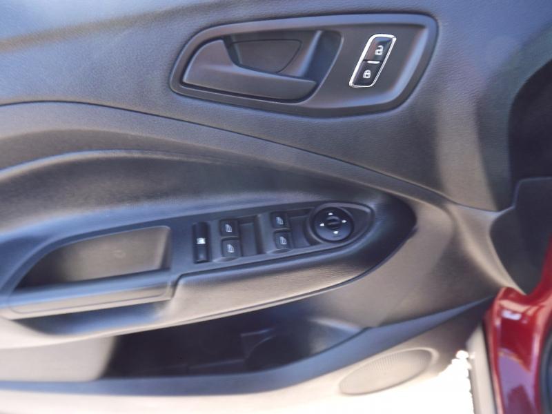 Ford Escape 2016 price $13,800