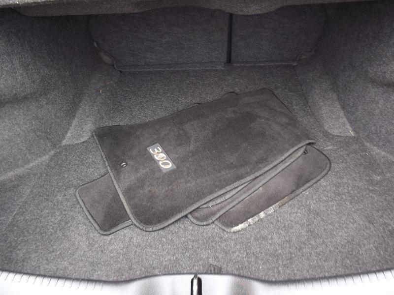 Chrysler 300-Series 2013 price $12,800