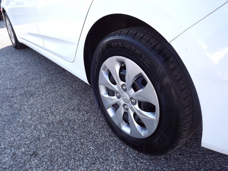 Hyundai Accent 2015 price $6,800