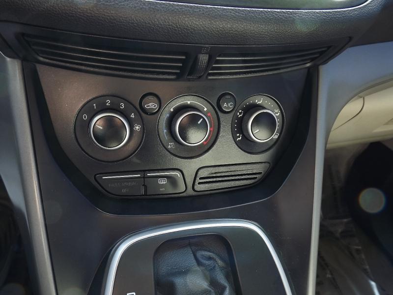 Ford Escape 2013 price $7,400