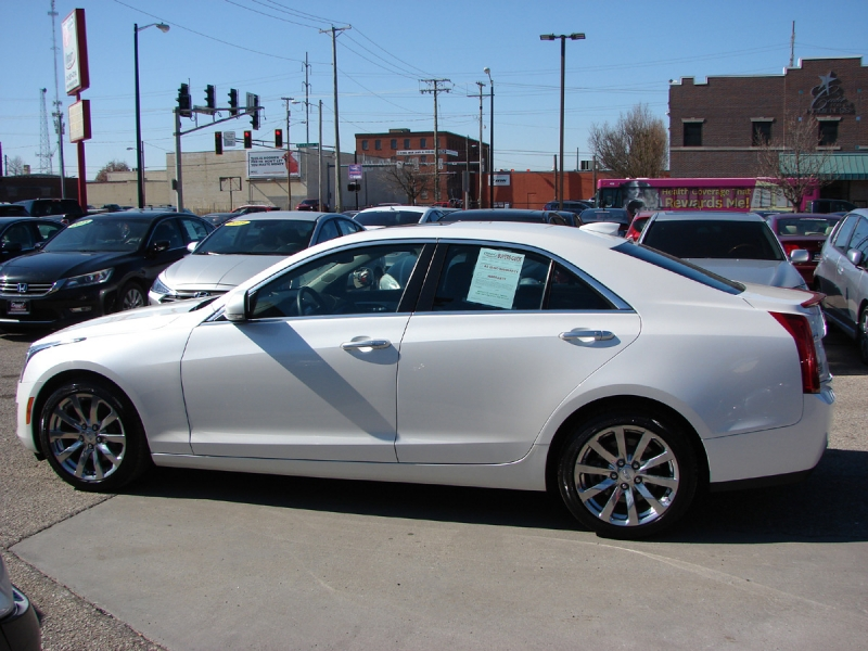 Cadillac ATS Sedan 2017 price $21,800