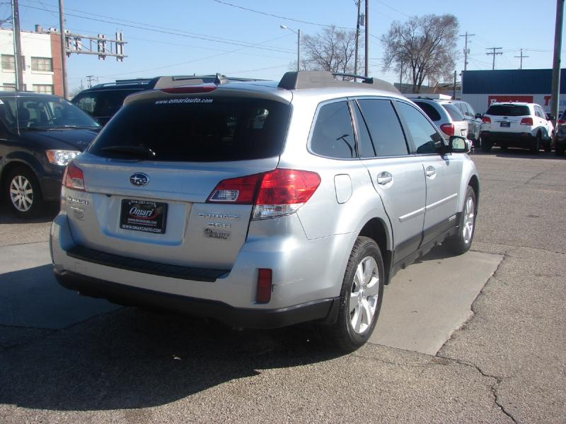 Subaru Outback 2012 price $13,400