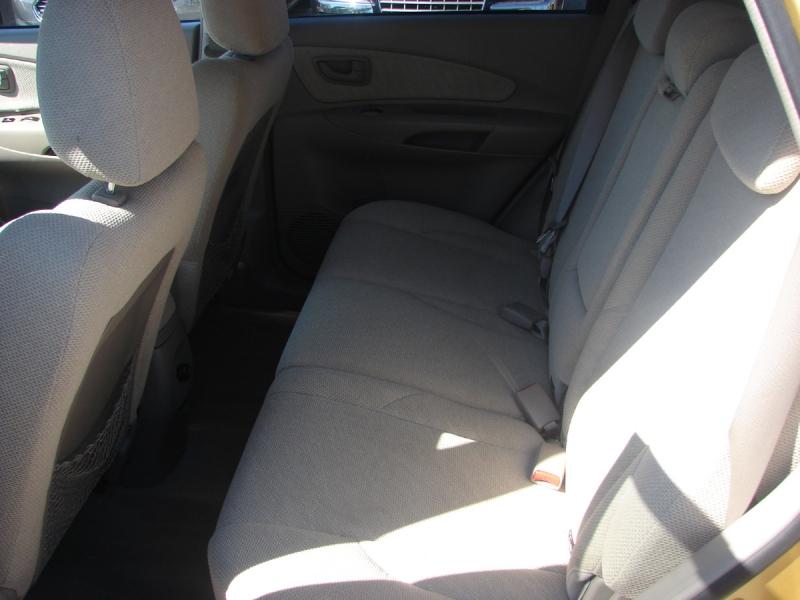 Hyundai Tucson 2005 price $4,800