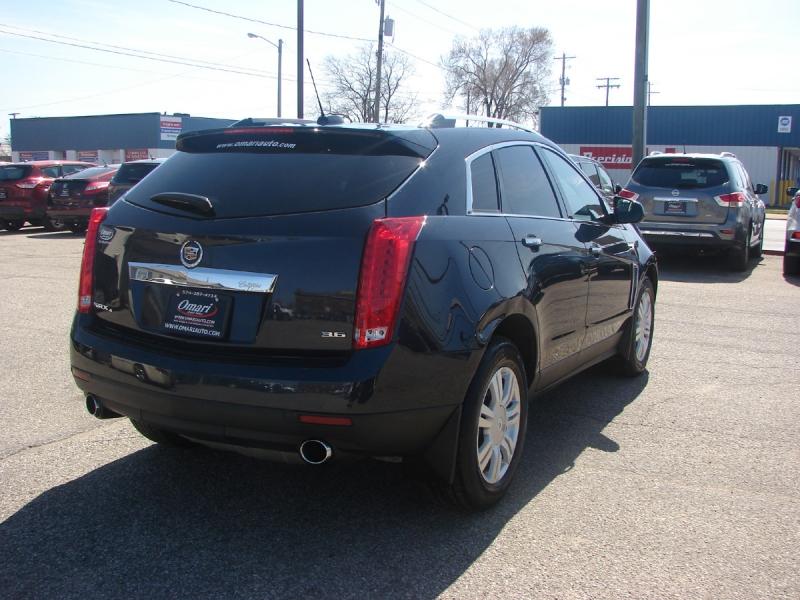 Cadillac SRX 2015 price $17,800