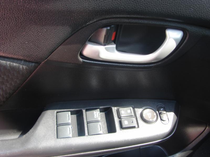 Honda Civic Sedan 2015 price $11,800