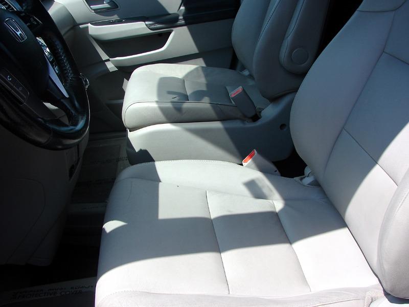Honda Odyssey 2013 price $25,900