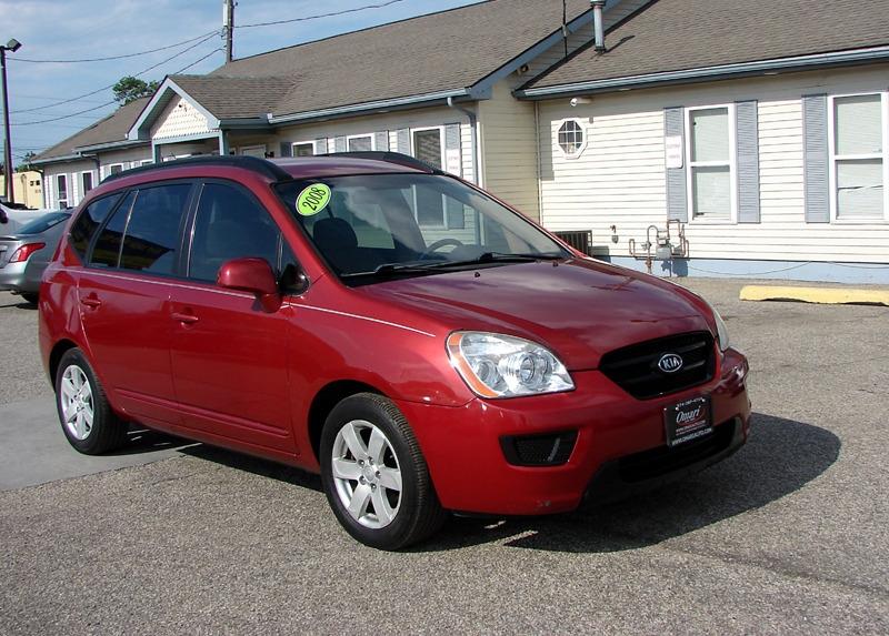 Kia Rondo 2008 price $5,400