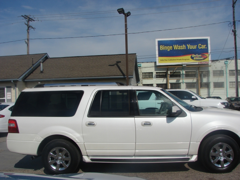 Ford Expedition EL 2010 price $15,400