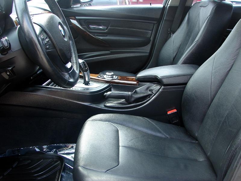 BMW 3-Series 2013 price $15,400