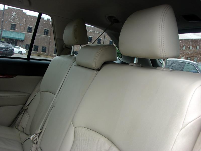 Subaru Outback 2010 price $11,400