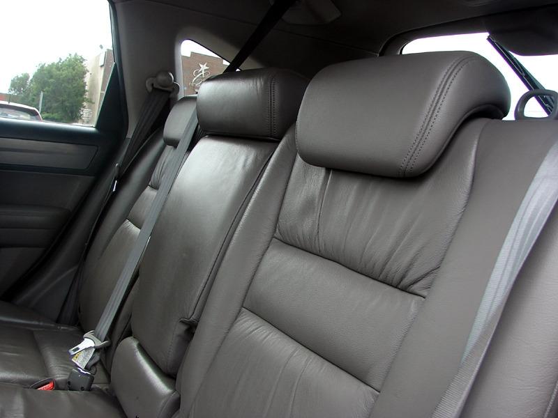 Honda CR-V 2007 price $9,800