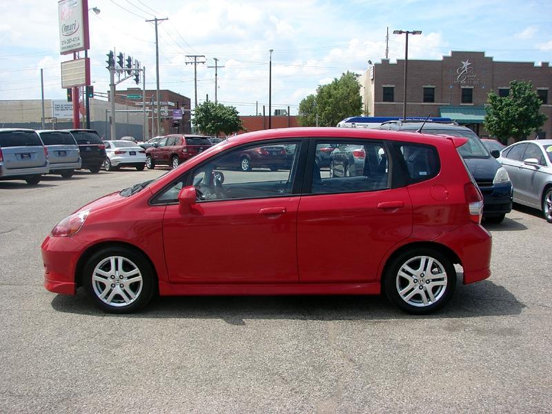 Honda Fit 2007 price $6,400