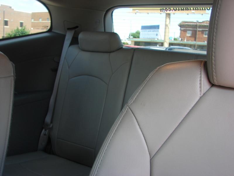 Chevrolet Traverse 2014 price $17,400