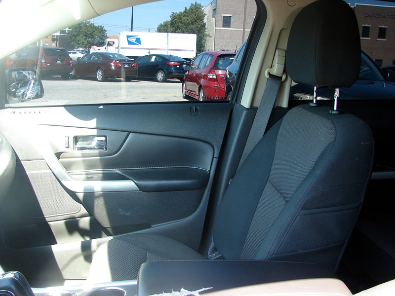 Ford Edge 2014 price $15,800