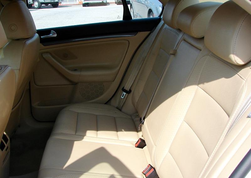 Volkswagen Jetta Sedan 2007 price $6,800