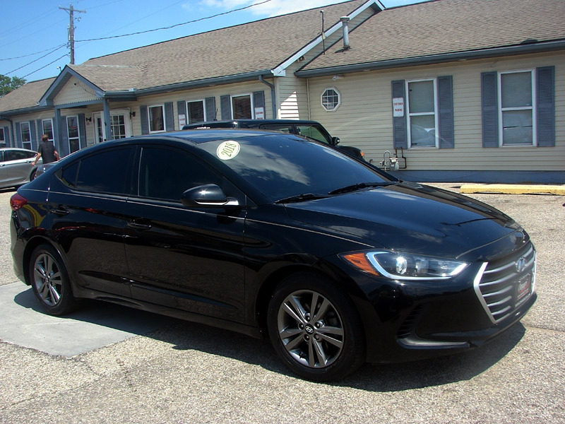 Hyundai Elantra 2018 price $18,800