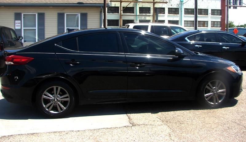 Hyundai Elantra 2018 price $18,600