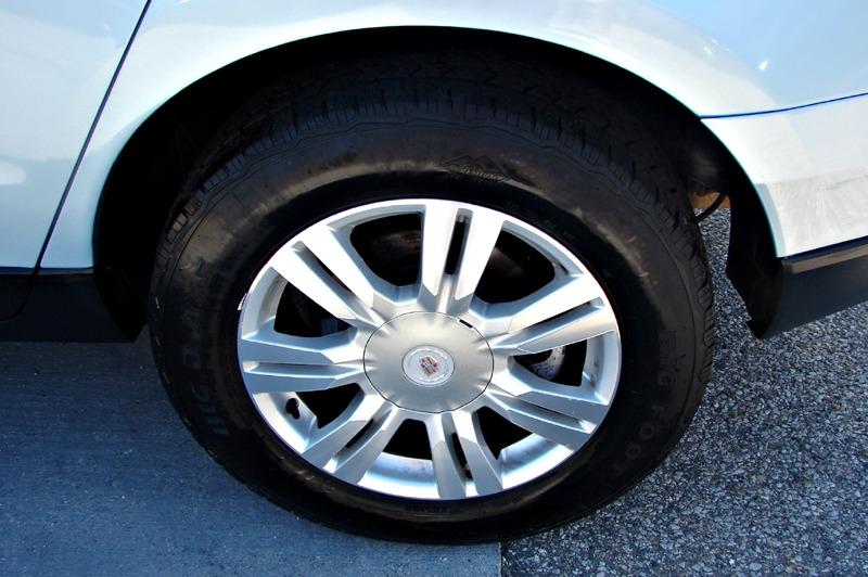 Cadillac SRX 2011 price $12,800