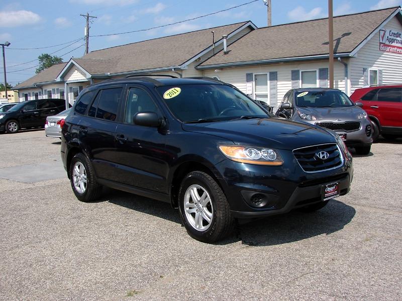Hyundai Santa Fe 2011 price $9,800