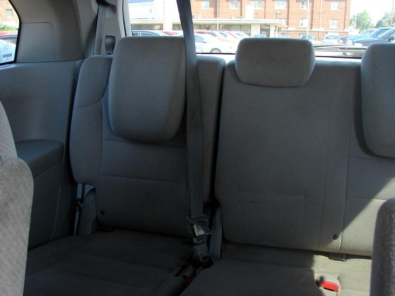 Honda Odyssey 2016 price $18,800