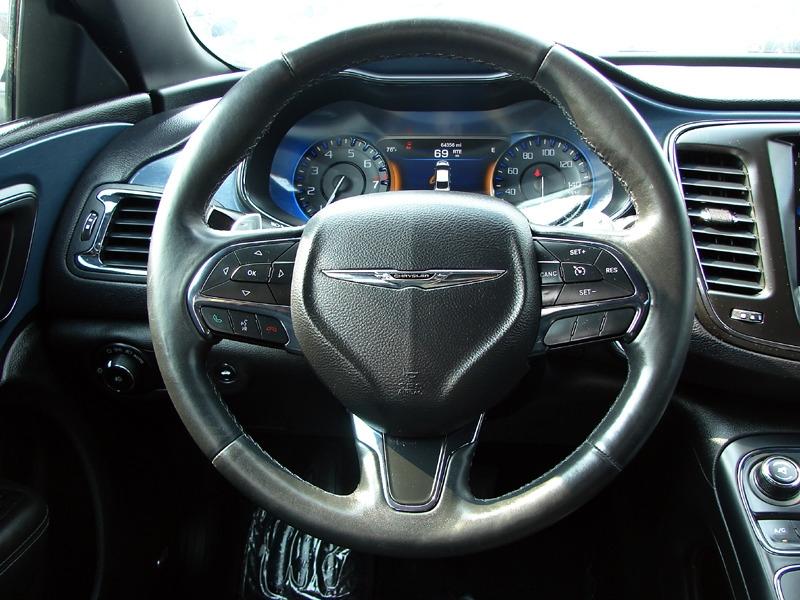 Chrysler 200 2015 price $16,800