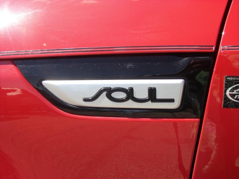 Kia Soul 2015 price $13,600