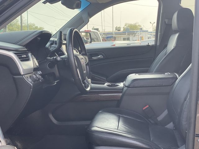 GMC Yukon XL 2015 price $23,995