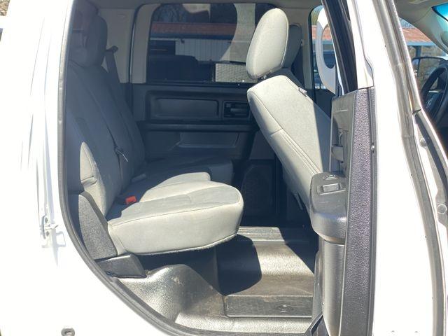 Ram 3500 Crew Cab 2015 price $35,995