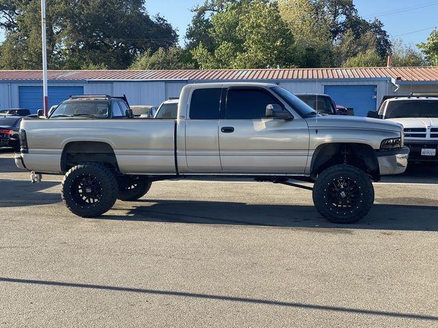 Dodge Ram 2500 Quad Cab 2002 price $16,995