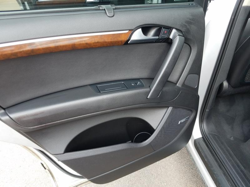 Audi Q7 2010 price $10,995