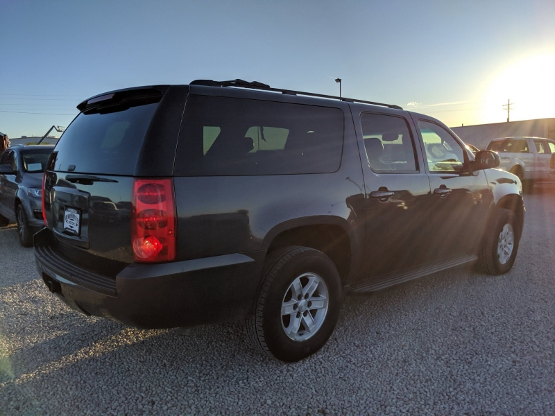 GMC Yukon XL 2010 price $15,400