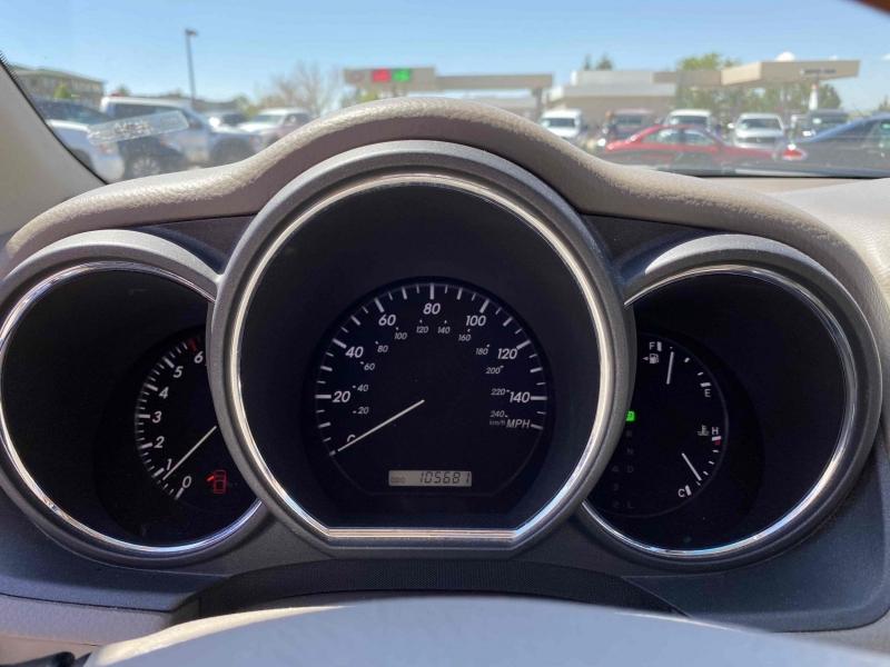 Lexus RX 330 2004 price $10,900