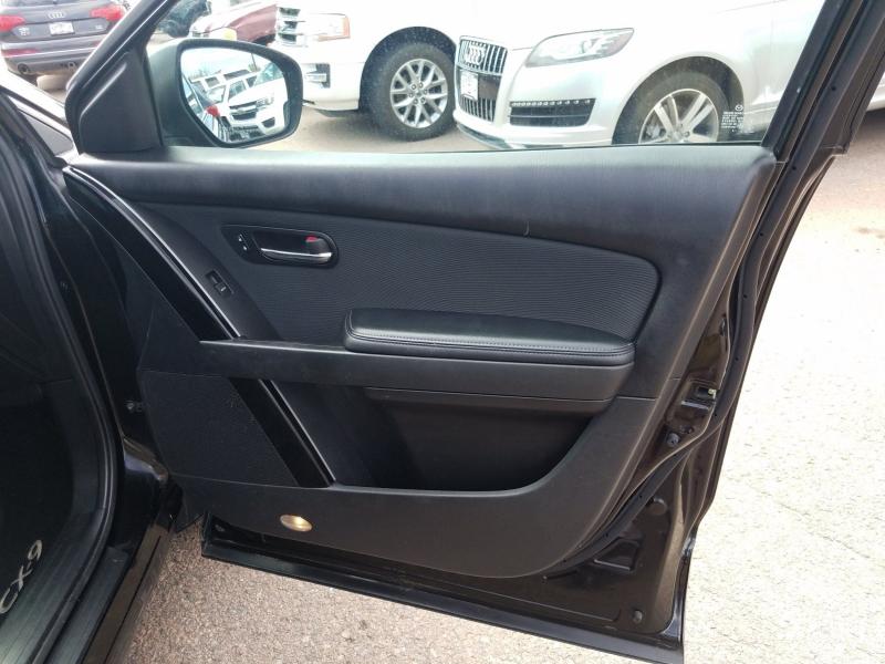 Mazda CX-9 2012 price $7,900