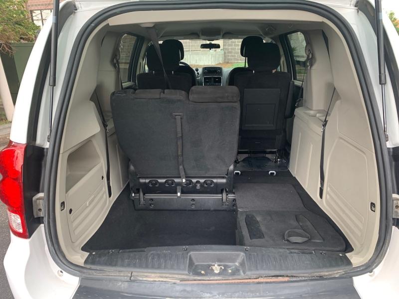 Dodge Grand Caravan 2014 price $10,900