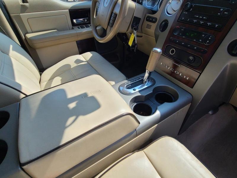 Lincoln Mark LT 2006 price $13,900